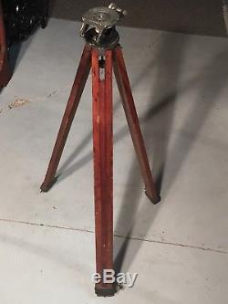 BACO Hollywood Tripod Tilt Head Vintage Wooden Adjustable Legs Graflex Graphic