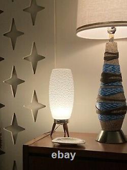 Beehive Bubble Light Lamp Vintage 1960s MCM Tripod Base
