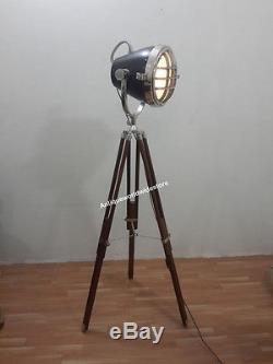 CLASSICAL Vintage decorative Spotlight Hollywood Lamp with heavy Wooden Tripod
