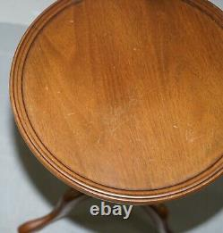 Elegant Vintage Mahogany Tripod Lamp Side End Wine Occasional Table Bowed Top