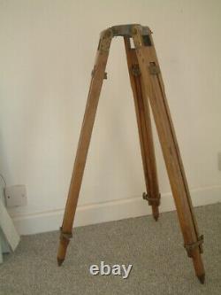 Fantastic Quality Vintage Wooded Brass Tripod Surveyor Industrial Lamp Workshop