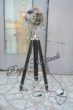 HOME DECOR Theater Spot Light with Solid Wooden Tripod Floor Lamp Vintage