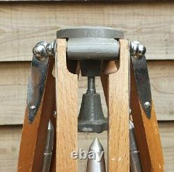 MPP Vintage Wooden Tripod, photography, Lamp Stand