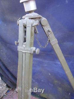 VINTAGE WOODEN TRIPOD c1942 by RADIO Ltd. IDEAL LAMP OR INSTRUMENTS. No17A. MK11