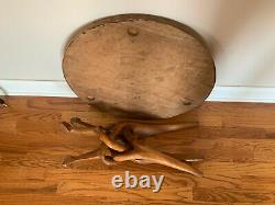 VTG Carved Wood African Interlocking 3 Leg Tripod 2 Pc Collapsible Side Table