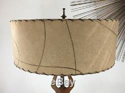 Vintage MID Century Atomic Tripod Lamp! 50's