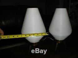 Vintage Pair Mid Century Modern Atomic Beehive Lamp White Wood Tripod Legs