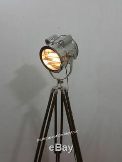 Vintage Style Retro Design Antique Century Tripod Spot Light Marine Floor Light