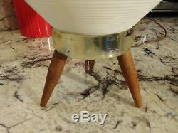 Vintage tripod Mid Century Modern Beehive Lamp White