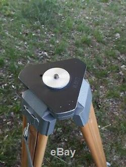 Vintage wooden tripod in extraordinaty good gondition photo stand
