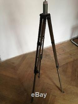 Wooden Vintage Photography Tripod lamp