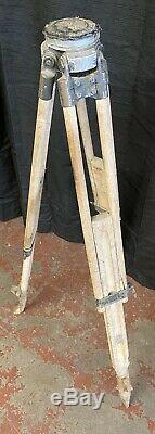 Arpenteurs En Bois Vintage Trépied