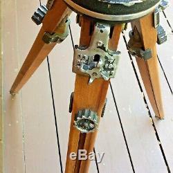 Cru Ries Hollywood Wooden Trépied + Baco Tilt Pan Head No. 1200 Mod. C