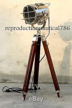 Designer Vintage Industrial Spot Light Marine Vintage Trépied Studio Searchlight