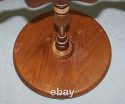 Élégant Vintage Mahogany Tripod Lamp Side End Wine Occasional Table Bowed Top