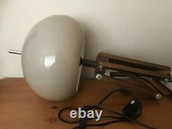 Harvey Guzzini Vintage 1960s/1970s Mushroom Lamp Sur Un Trépied En Bois Réglable