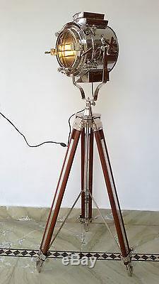 Hollywood Nautical Vintage Spotlight En Bois Trépied Lourd Big Light Lampadaire