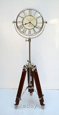 Horloge De Plancher En Laiton Vintage Chiffres Romains À La Décoration De La Maison En Bois Stand Trépied