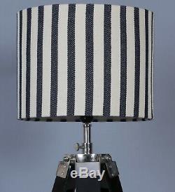 Lampadaire Moderne Trépied À Rayures Vintage Élégant De Style Rétro