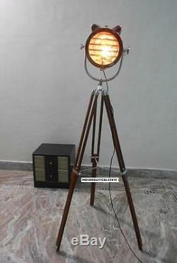 Lampadaire Spotlight Vintage Avec Pied Trépied En Bois Brun