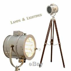 Lampadaire Vintage De Studio Sur Trépied Vintage