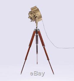 Lampadaire Vintage Vintage En Laiton Antique Trépied Projecteur Vintage