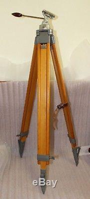 Magnifique Vieux Accessoires De Trépied Pour Caméra Vidéo Berlebach En Bois Vintage 150cm