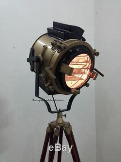 Meilleur Spotlight Vintage Avec Trépied En Bois Support Lampe Parfaite / Spotlight Pour L'artiste
