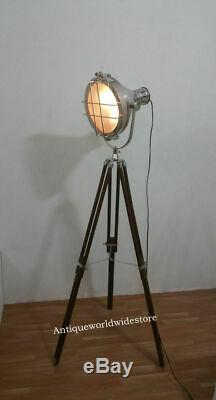 Millésime Vieux Strand Film Salle De Cinéma Scène Lampe Lumière Lumière Trépied Décoratif