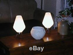 Paire Vintage De Lampe De Ruche Atomique Moderne Au Milieu Du Siècle, Pattes De Trépied En Bois Blanc