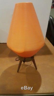 Pied De Trépied En Bois Orange Vintage Au Milieu Du Siècle, Lampe En Forme De Ruche Atomique