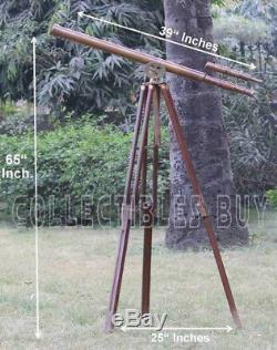 Portée Nautique De Portique De Plancher En Bois De Trépied En Bois De Maître De Télescope Antique De Cru