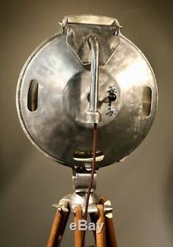 Projecteur De Bouvreuil (1581) Sur Trépied D'arpentage En Bois Testé Pat