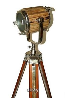 Projecteur En Bois Vintage De Projecteur De Lampe De Plancher Nautique Avec Le Cadeau En Bois De Trépied