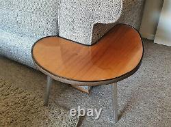 Rare Milieu Du Siècle 1960 Trépied Rétro Unique Table D'côté Vintage