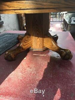 Rare Ovale Oak Coffee Table Tripod Piédestal Grains Uniques Lion Pattes D'ours Vintage