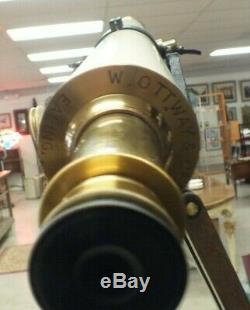 Télescope Vintage Huyghenian Avec Trépied En Bois Ealing London Ms47 De W. Ottway & Co.