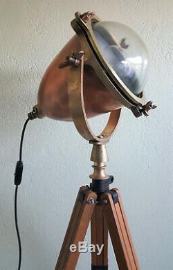 Vintage / Antique Brass & Ships Cuivre Searchlight Sur Trépied En Bois Steampunk