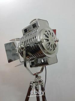 Vintage Big Nautical Searchlight Floor Lamp / Theater Spot Light Trépied En Bois