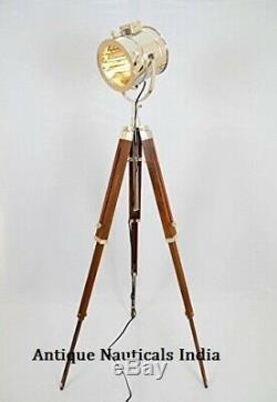 Vintage Étape Searchlight En Bois Trépied Recherche Light Studio Spot Lampe