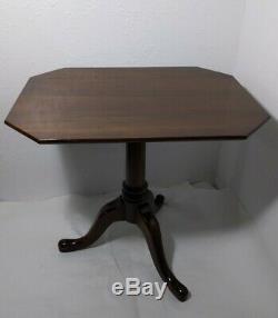 Vintage Pennsylvania House Octogonal End Table Trépied Socle En Bois Massif