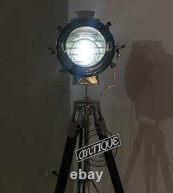 Vintage Vintage Vintage Studio Led Floor Light Sur Trépied Lampe Searchlight Boat Sign